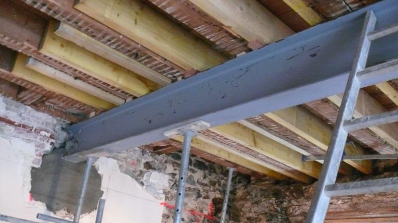 Traitement des poutres en bois par injection for Traitement meuble bois